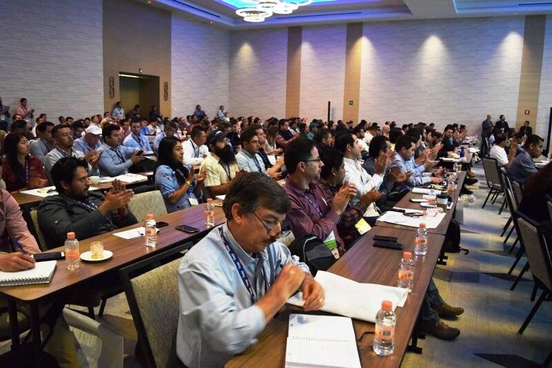 Gran éxito del Seminario Internacional de Arándanos de México
